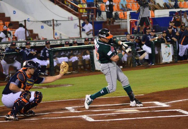 Leones es el equipo más enrachado en la liga, después de sumar ocho victorias de manera consecutiva y ubicarse en la segunda posición de la Zona Sur.(Foto tomada de Facebook/Leones de Yucatán)