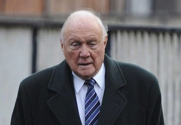Stuart Hall fue despedido de la BBC, en diciembre de 2012. (EFE)
