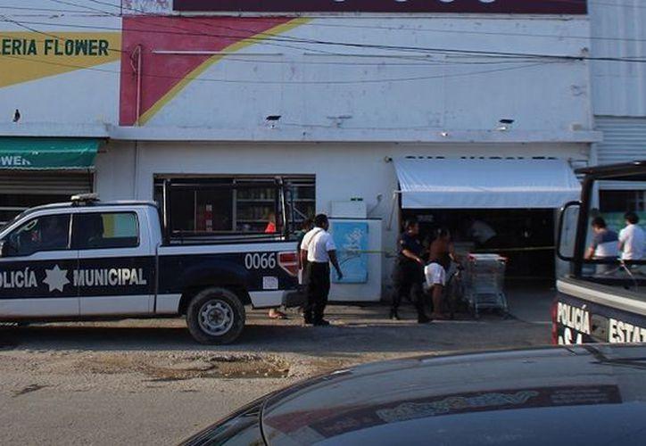 Los hechos ocurrieron alrededor de las 18:00 horas sobre la calle Laguna de Bacalar con calle Sicilia, de la colonia Benito Juárez, en la capital del Estado. (SIPSE)