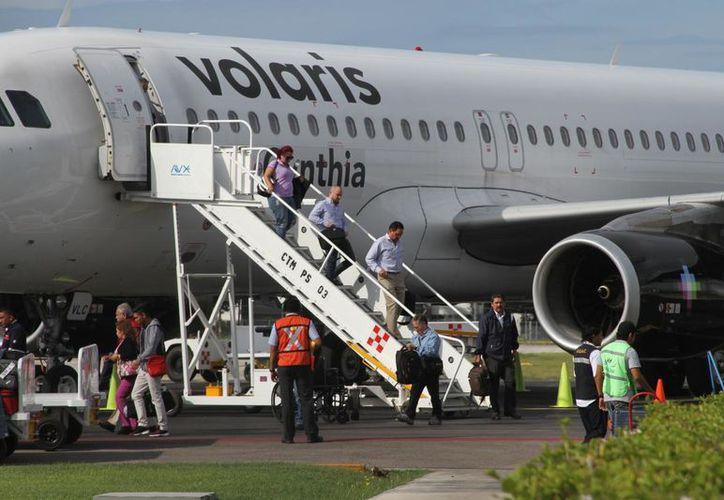 El Aeropuerto Internacional de Chetumal ocupa el cuarto puesto en cuanto al número de pasajeros recibidos, entre las terminales aéreas que administra ASA. (Daniel Tejada/SIPSE)