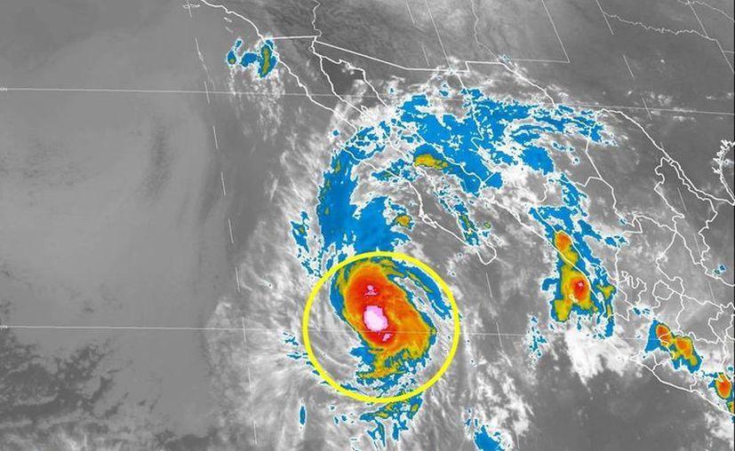 Paine se ubica aproximadamente a 520 kilómetros al sur-suroeste de Cabo San Lázaro, Baja California Sur. (smn.conagua.gob.mx)