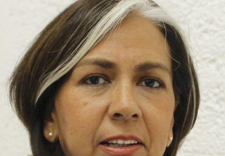 Patricia López Mancera, presidenta del Cefim, fue la encargada de dar informes sobre el proyecto. (Israel Leal/SIPSE)