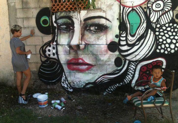 """En el programa """"Girarte"""" se han creado expresiones artísticas con diversas temáticas, como el fomento de la paz o el cuidado ambiental. (Juan Cano/SIPSE)"""