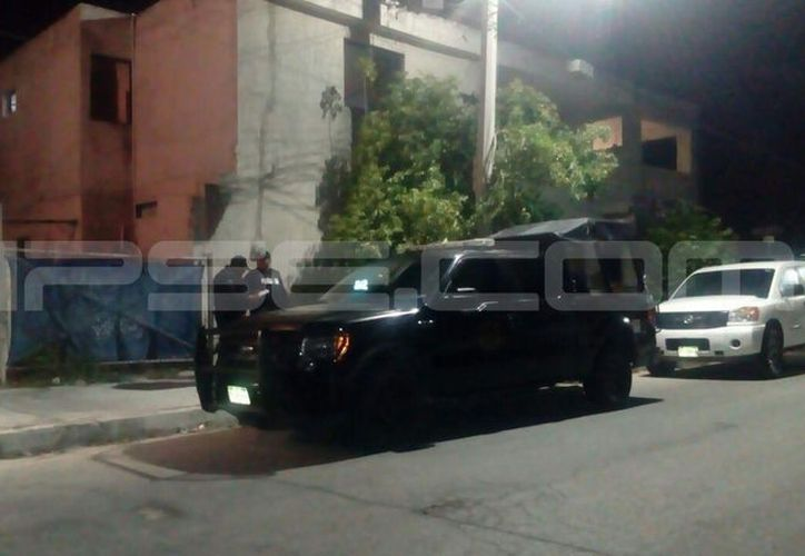 Sujetos armados ingresaron al local, en busca del monto de las ventas del día. (Fotos: Gerardo Keb/SIPSE)