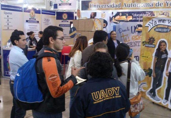 Durante la Feria Universitaria de Profesiones, habrá un módulo destinado a la orientación vocacional. (SIPSE)