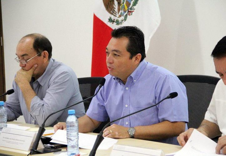 Ángel Burgos Narváez, presidente de la Comisión de Educación, explicó que la iniciativa que modifica la Ley de Educación del Estado es para homologar el local con el federal. (Milenio Novedades)