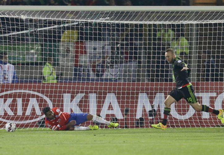 """Según periodistas deportivos, el Atlas mantiene una excelente relación con Colo Colo, y 'por ahí se puede dar la posibilidad de que Vouso llegue al balompié chileno, porque no estaría en sus planes"""". (AP)"""
