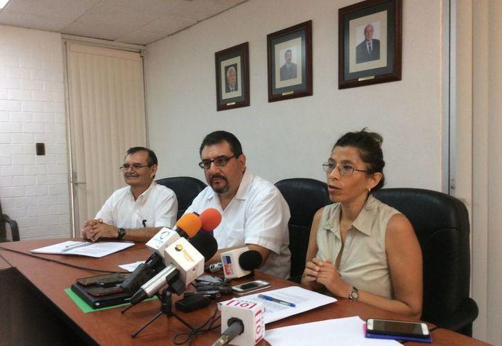 En conferencia de prensa, investigadores del Cinvestav Mérida anunciaron que coordinarán los cruceros oceanográficos que realizarán estudios en la Plataforma de Yucatán y la zona de aguas profundas conocida como 'Perdido', en el Golfo de México. (Notimex)