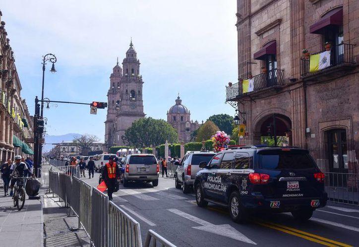 Autoridades federales y estatales afinan detalles  para la visita del Papa Francisco a Michoacán. (Notimex)