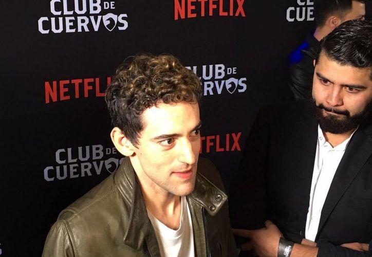 Luis Gerardo Méndez adelantó que se encuentran planeando la grabación de la Tercera Temporada de la serie 'Club de Cuervos'. (Notimex)