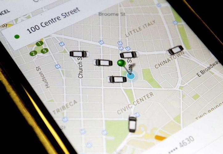 Uber cuenta con unos 25 mil vehículos al servicio de los ciudadanos de Nueva York. (AP)