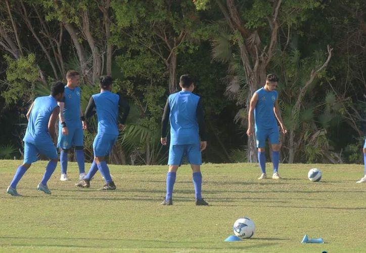 Los jugadores se prepararon con toda su energía durante la semana. (Miguel Maldonado/SIPSE)
