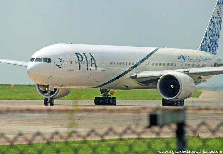 El avión tenía 180 pasajeros. (blogspot.mx)