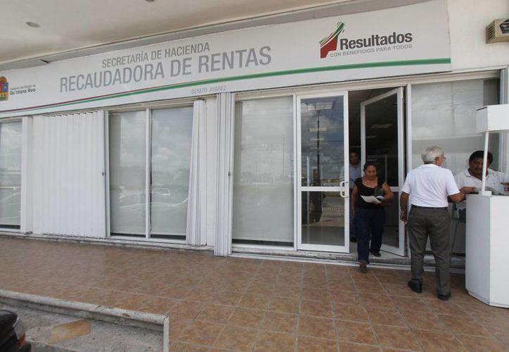 Las oficinas donde la ciudadanía puede realizar su pago de tenencia vehicular son en los tres Módulos de Emplacamiento en Cancún. (Jesús Tijerina/SIPSE)