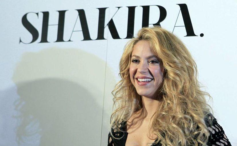 """Shakira presentó a """"Shakira"""", en evento realizado en Barcelona, España. (EFE)"""