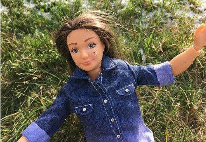 La muñeca Lammily también puede tener un lunar en donde sea (Foto: Lammily Dolls)