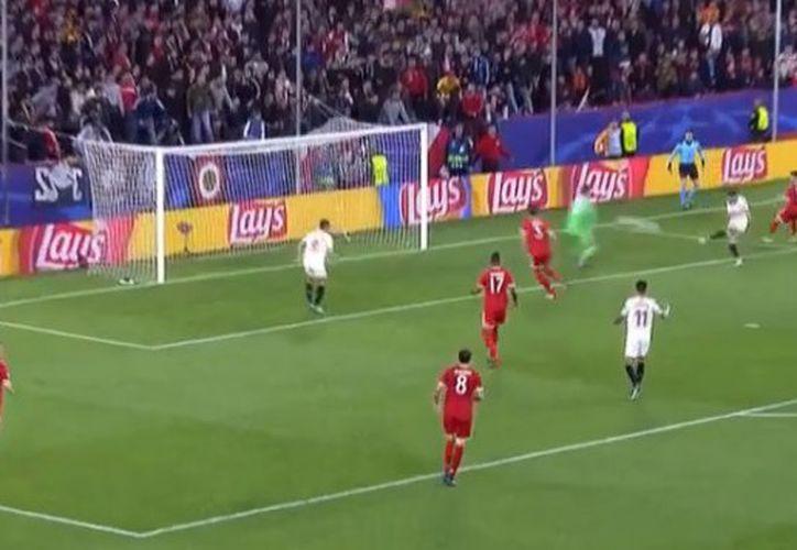Sevilla no logró mantener la ventaja parcial otorgada por Pablo Sarabia. (Captura pantalla)