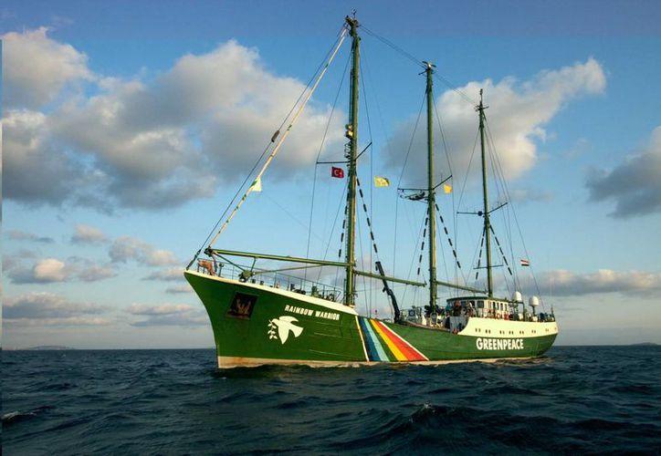 El Rainbow Warrior, uno de los barcos emblemáticos de Greenpeace visitará México en el marco de la COP13. (Wikiwand)