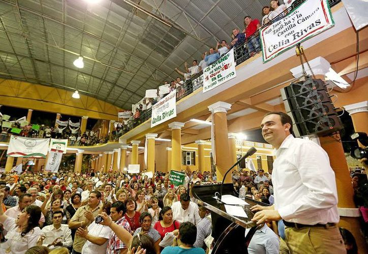 Nerio Torres ratificó su compromiso ante militantes del PRI. (Milenio Novedades)