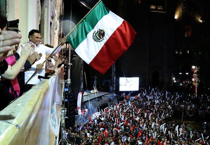 La noche de este viernes se llevó a cabo el tradicional Grito en Palacio de Gobierno. (José Acosta/Milenio Novedades)
