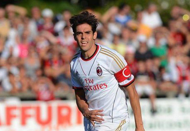Luego de 4 años, Kaká volvió a vestir la camisa rossonera. (Foto: Agencias)