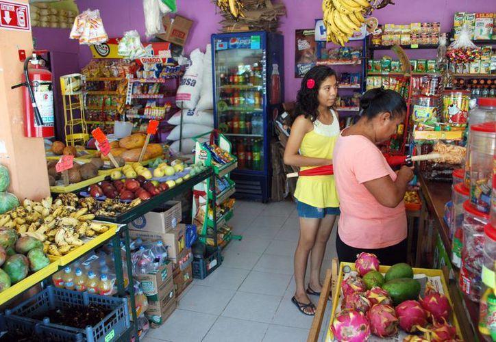 En Cancún 36 mil negocios comprendren el patrón municipal. (Tomás Álvarez/SIPSE)