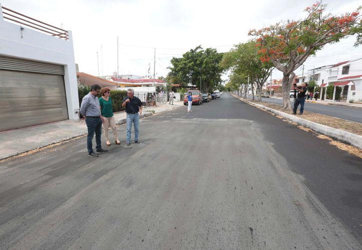 Diferentes calles de la ciudad fueron dañadas severamente con ácido.  (Milenio Novedades)