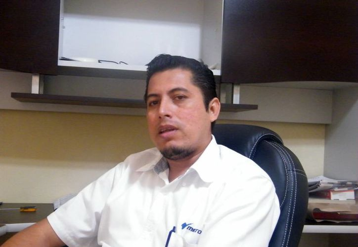 Jorge Rivero Medina, proveedor autorizado por el SAT, aseguró que hay desconocimiento en el sector de independientes acerca de las facturas electrónicas porque están ajenos a las disposiciones de la Secretaría de Hacienda. (Milenio Novedades)