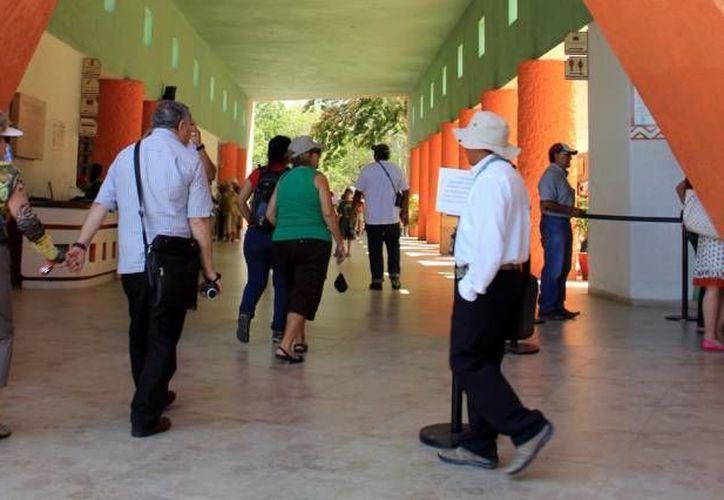En 2010 se documentó un faltante de 3.5 millones de pesos por concepto de entradas a la Zona Arqueológica Chichen Itza, los cuales fueron desviados por empleados de la taquilla. (Archivo Milenio Novedades)