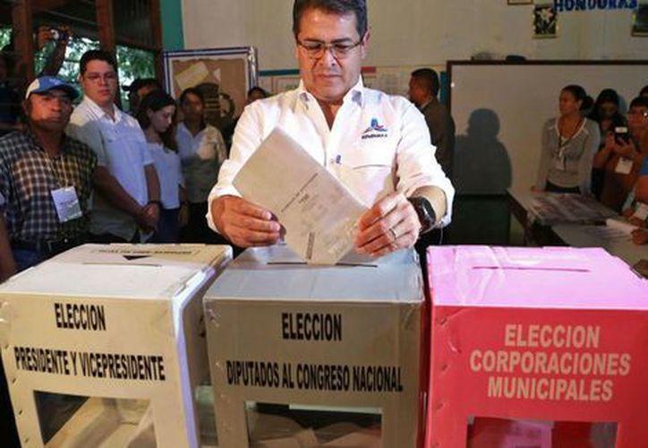 La elección también se celebra en siete ciudades de Estados Unidos. (Contexto)