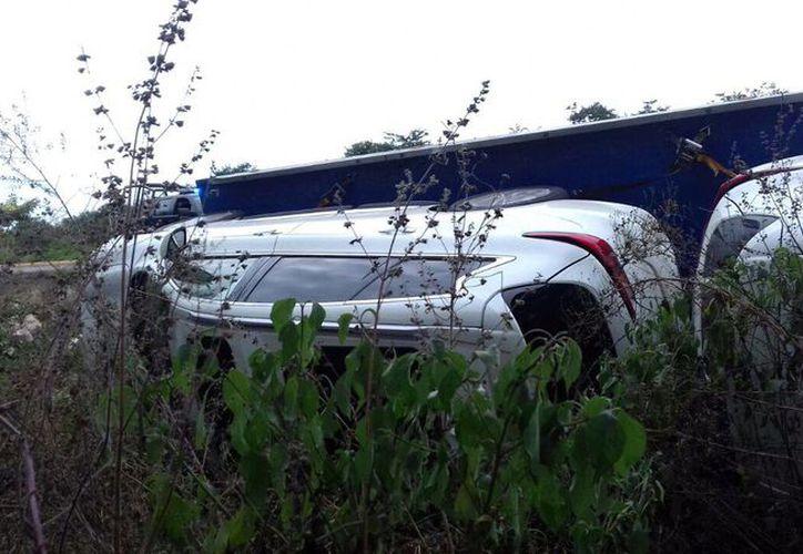El accidente tuvo lugar a la altura del kilómetro 145.6 de la carretera Mérida- Campeche. (Milenio Novedades)