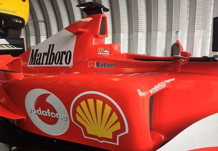 Este fin de semana, puedes disfrutar a de la experiencia de manejar un auto fórmula 1: llegó el simulador a Mérida, al autódromo Emerson Fittipaldi. (autodromoyucatan.com)