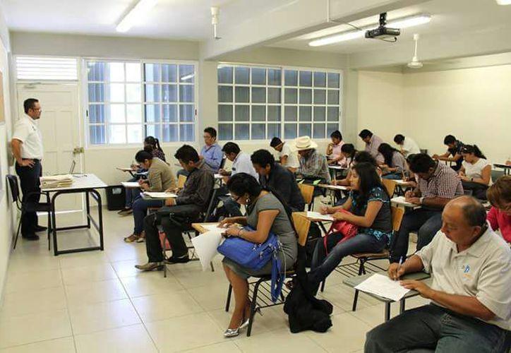 Sólo 176 presentaron el examen de los 267 que asistieron, de los cuales, deben salir 50 asistentes rurales y dos coordinadores.