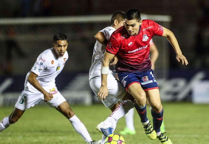 Un partido de futbol sin futbol; así fue el encuentro de este viernes por la noche, en Sonora. Venados FC Yucatán empató a cero con Cimarrones. El partido fue tan gris como toda la temporada de los astados. (SIPSE)