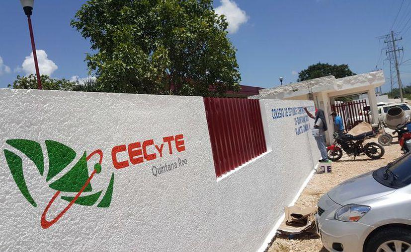 Las autoridades de la SEQ desconocen totalmente de estos 50 casos en el Colegio de Estudios Científicos y Tecnológicos del Estado de Quintana Roo (Cecyte) plantel Cancún III. (Jesús Tijerina/SIPSE)