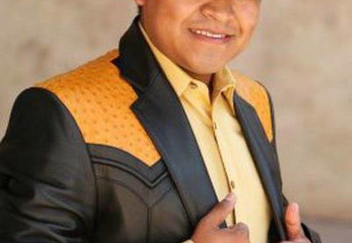 """""""El Conde de Xalpatlahuac"""" dijo que trabaja intensamente en promocionar y dar a conocer su nuevo disco. (Facebook oficial)"""