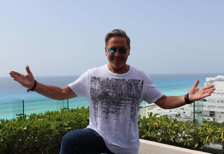 Ricardo Montaner consentirá esta noche a sus fans en la Plaza de Toros de Cancún. (Faride Cetina/SIPSE)
