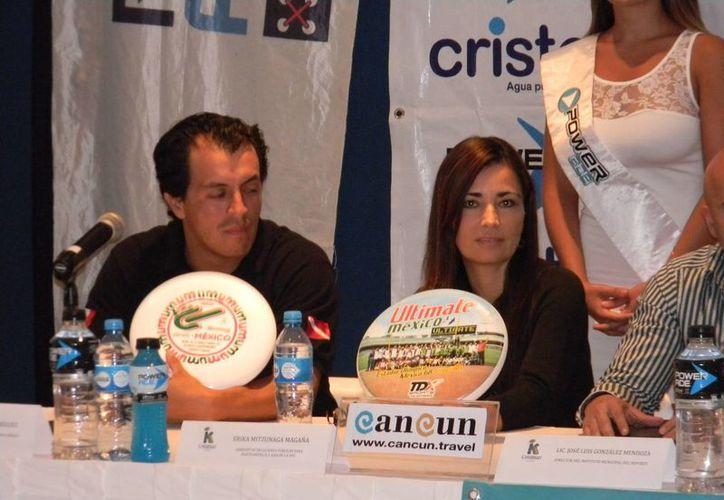 La competencia finaliza el 18 de enero en la playa del Royal Mayan. (Ángel Mazariego/SIPSE)