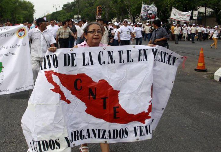 A través del Facebook simpatizantes de la CNTE invitan a la movilización. (SIPSE)