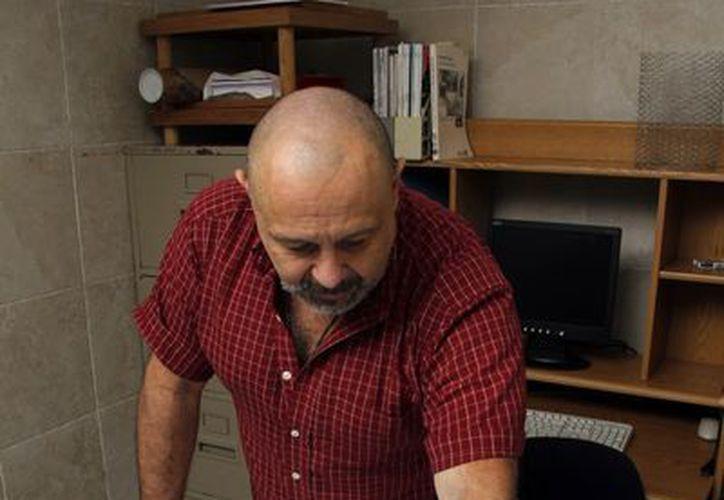 Guillermo de Anda Alanís, apasionado del buceo y de los cenotes, es maestro de la Facultad de Antropología de la UADY. (SIPSE)