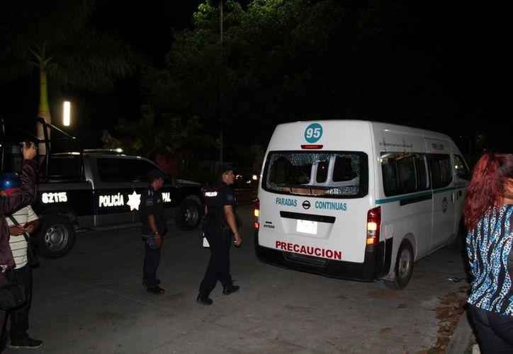 Al menos ocho conductores de camionetas de transporte público han sido víctimas de robos, en Playa del Carmen.  (Adrián Barreto/SIPSE)