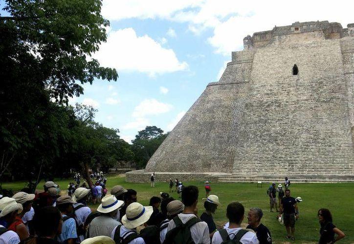Ofrecen un abanico de opciones para redescubrir Yucatán, entre estas se encuentra Uxmal. (SIPSE)
