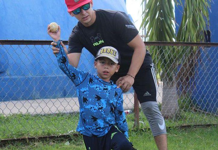 Los entrenadores cuentan con experiencia en el rey de los deportes. (Foto: Novedades Yucatán)