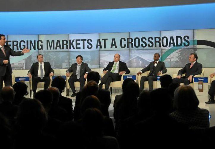 El secretario mexicano de Hacienda, Luis Videgaray, durante su intervención en el 43 Foro en Davos. (Notimex)