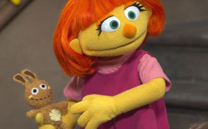 La pequeña Julia tiene dos años en universo de Plaza Sésamo, pero apenas aparecerá en la pantalla. (Foto: Agencia)