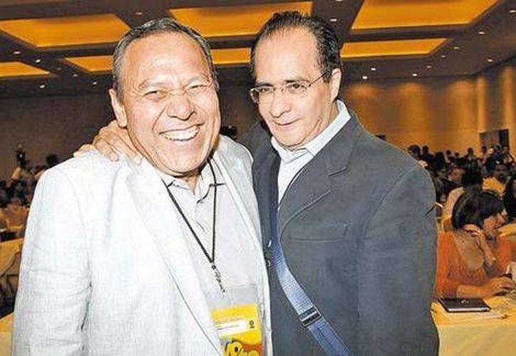 Será el Consejo Nacional quien elija al sucesor de Jesús Zambrano, que aquí aparece con René Bejarano. (Milenio)