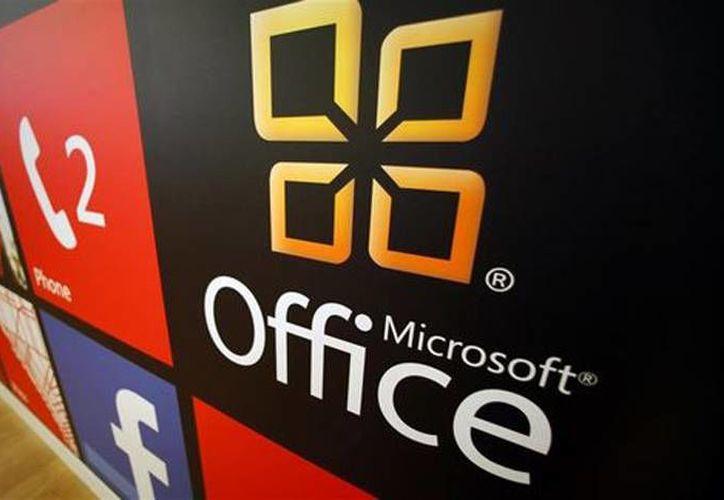 Las acciones de Microsoft Corp subieron tras reportes de que la compañía planea revelar una versión para iPad de su programa Office. (Reuters)