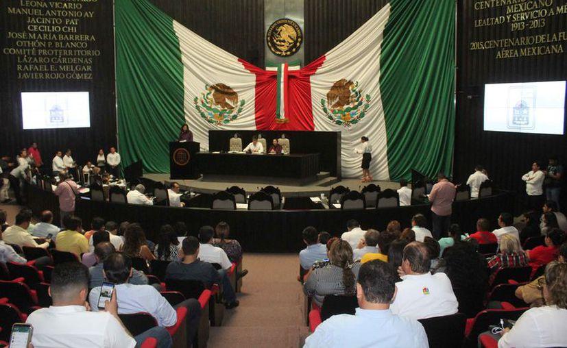 Fue aprobada la distribución de las Comisiones Ordinarias que integran el Congreso del Estado. (Daniel Tejada/SIPSE)