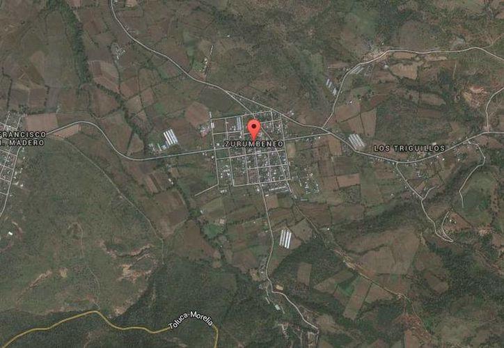 El síndico fue asesinado en un cruce de la comunidad de Zurumbeneo, del municipio de Charo, Michoacán. (Google Maps)