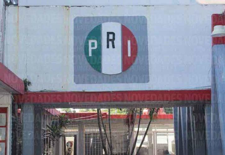 Para la aportación obligatoria fueron utilizados documentos del PRI. (Israel Leal/SIPSE)